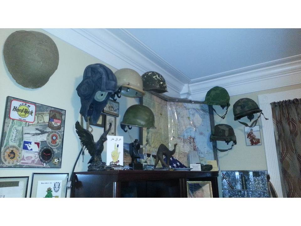 How to display hats and helmets Slide2_3