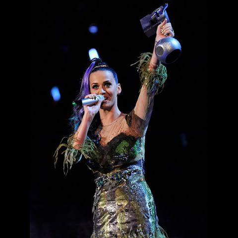 Katy Perry - Page 3 KatyPerry-GarethCattermole-106617312
