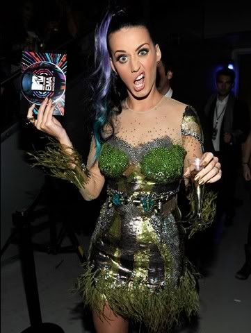 Katy Perry - Page 3 KatyPerry-Kevin-Mazur-106617816