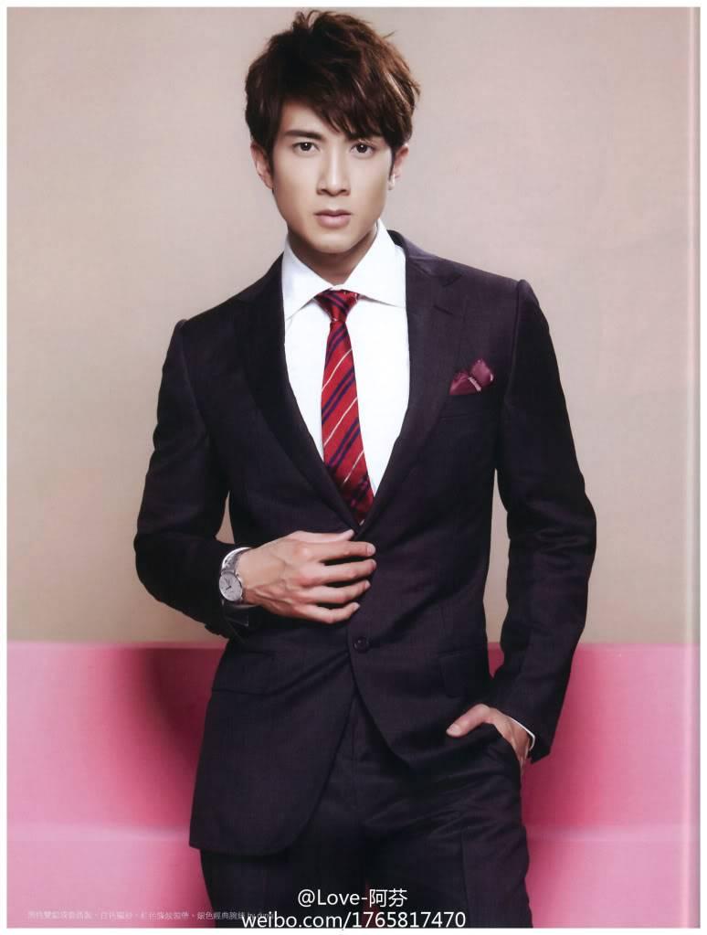 MAG: Chun's Magazine Spreads (2011)  69403c7egw1dkvzcq0iuoj