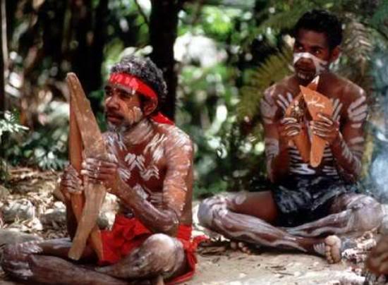 Wandjinas: Los dioses de los aborígenes australianos. Aborigenes-australianos