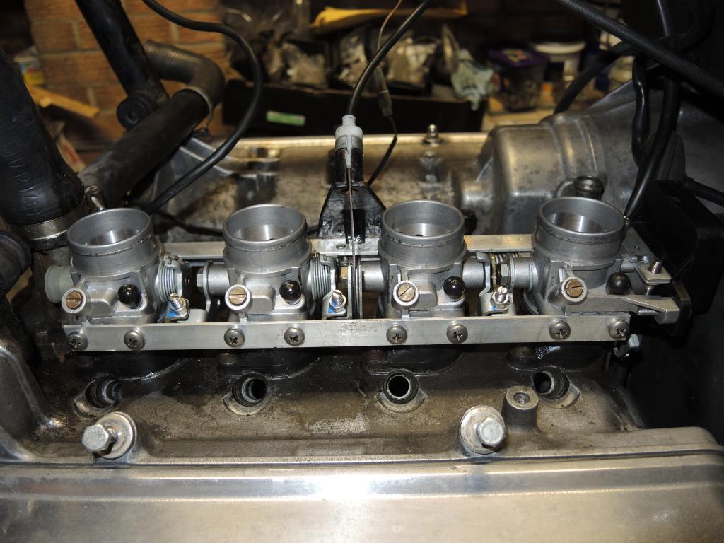 K1100 throttle bodies on a K100 - Page 2 13-01-20147