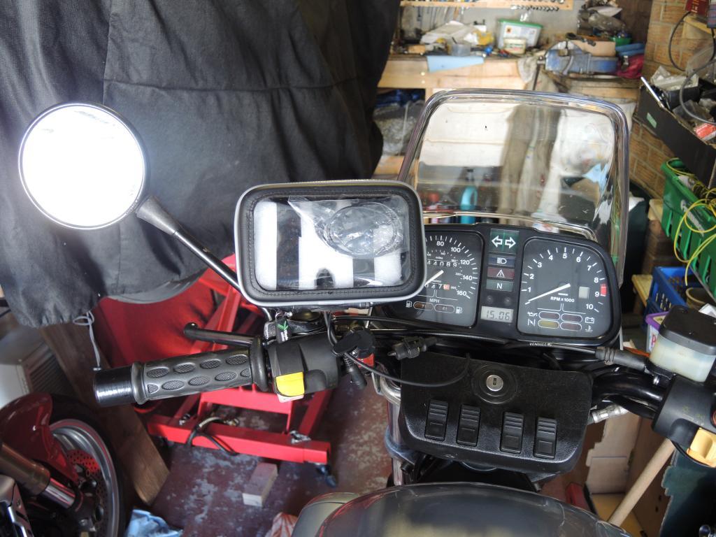 GPS mount on a naked k100 DSCN4361