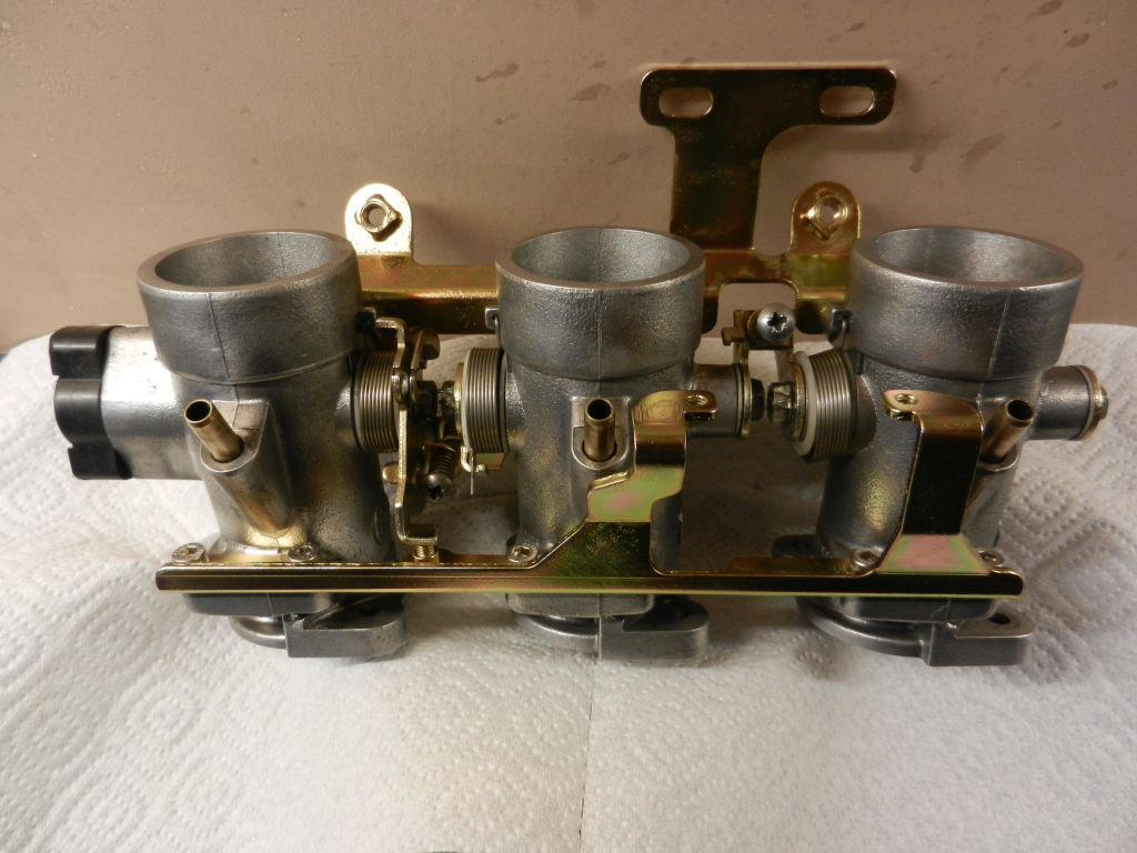 Rebuilding/cleaning K100 throttle bodies TBsasfinished