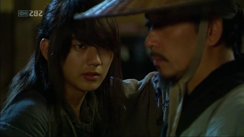 Yoo Seung Ho - Page 2 WarriroBaekDongSolE08110726HDTVX264450p-HANrel_0004