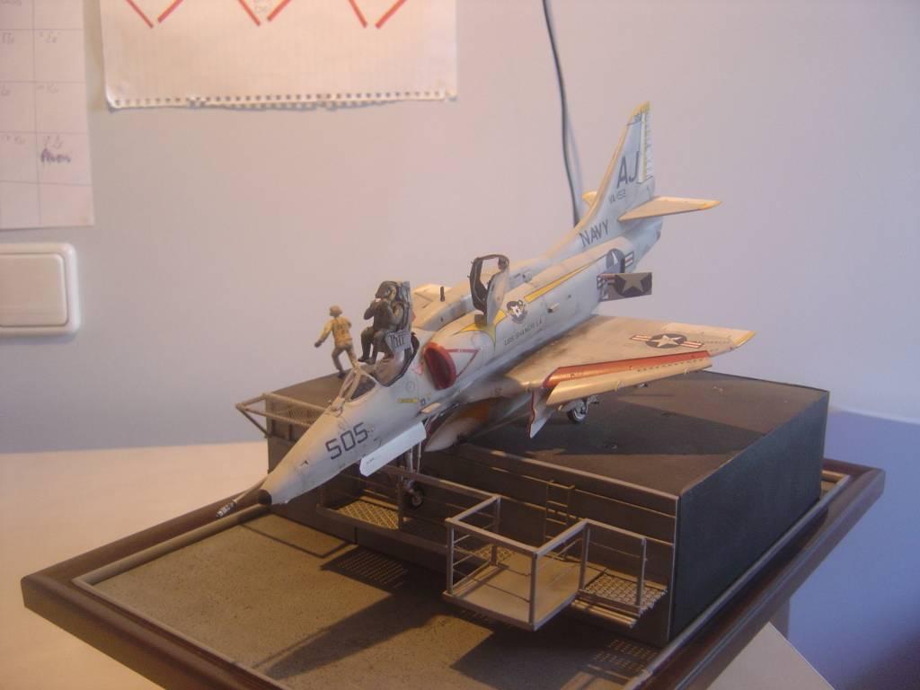 A-4E ... Ουφφφφφ...φτηνα τη γλυτωσα!!! - Σελίδα 2 DSC01023