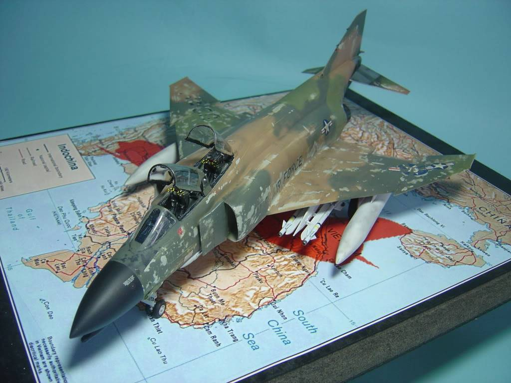 F-4C  1/48 Bill Sweders Mig killer DSC00064