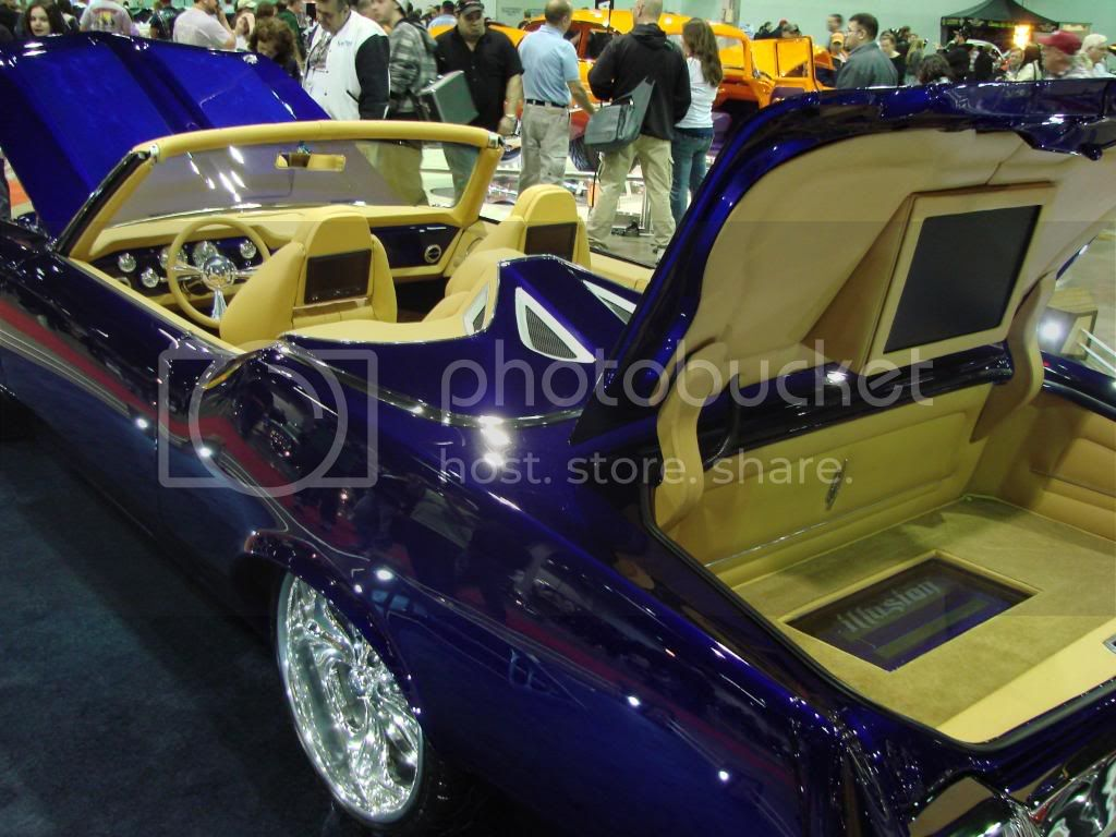 Day 3 of 4 at World of Wheels Chicago 2010. Less pics, nicer rides! DSC03491