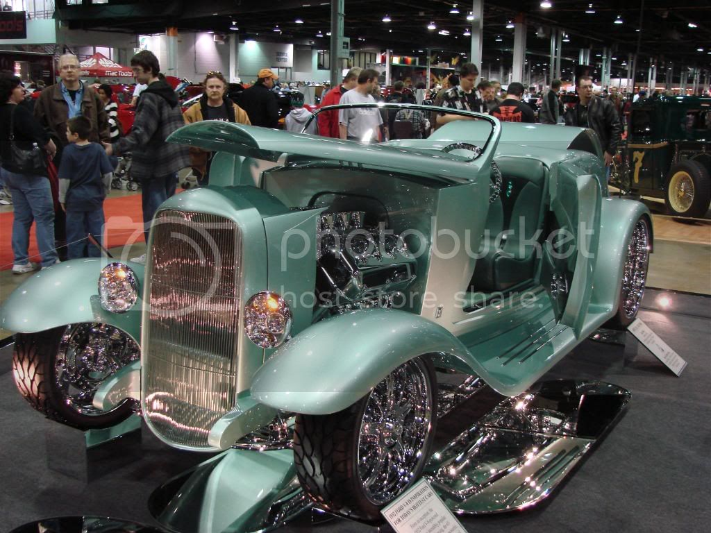 Day 3 of 4 at World of Wheels Chicago 2010. Less pics, nicer rides! DSC03501