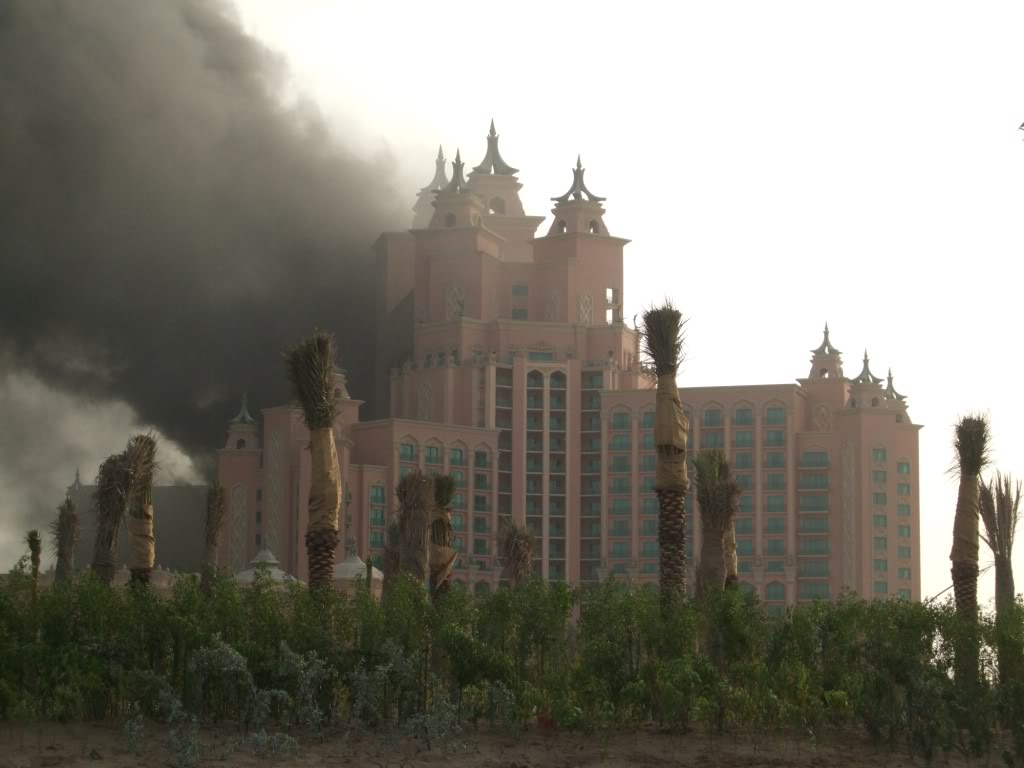 صور احتراق فندق اتلانتس جميرا..اعظم فندق في دبي.. Image002-6