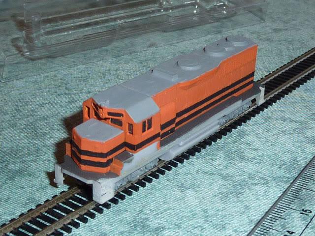 Redécoration d'une GP35 Micro-Trains P1030643
