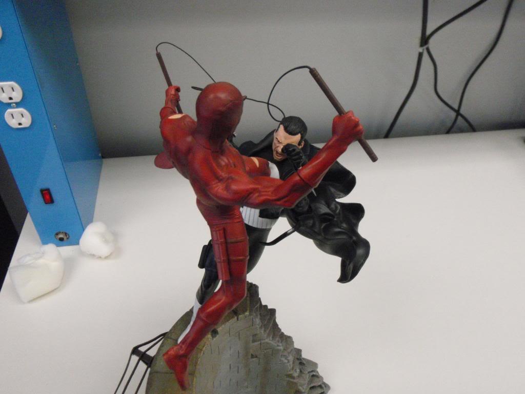 Punisher Vs Daredevil Diorama - Página 2 P9030029