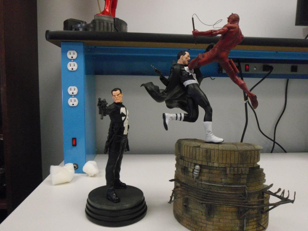 Punisher Vs Daredevil Diorama - Página 2 P9030030