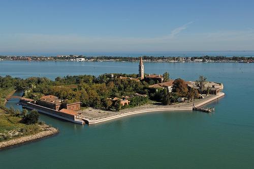 Lugares Embrujados:Poveglia: La Isla De Los Muertos Veneciana. Isla18_zpsa9eca882