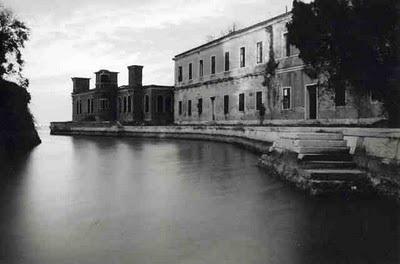 Lugares Embrujados:Poveglia: La Isla De Los Muertos Veneciana. Isla21_zpsf5abd167
