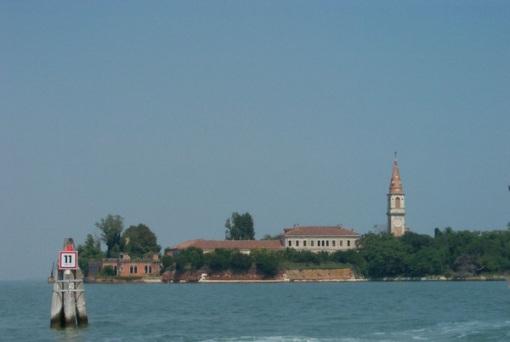 Lugares Embrujados:Poveglia: La Isla De Los Muertos Veneciana. Isla23_zps6008145b