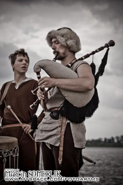 Festival of Slavs and Vikings in Poland 59096_106320919428659_100001522536546_53216_1123441_n