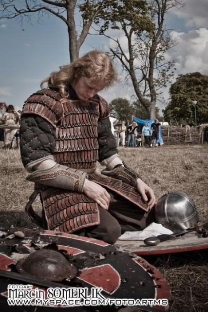 Festival of Slavs and Vikings in Poland 59096_106320929428658_100001522536546_53219_5758762_n