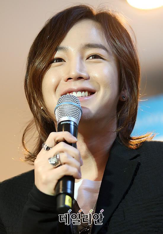 Jang Geun Suk  - Page 3 0edadaa225a2dadc4610648d