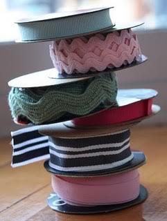 Organizzare fili, gomitoli, nastri e stoffe RibbonStack