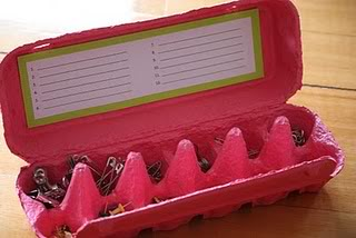 Organizzare cose piccole (bottoni, viti, spille....) Stickonlabelandfillup