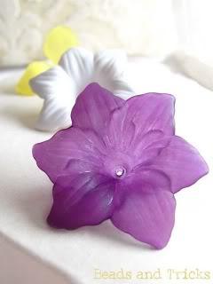Come acquistare fiori in lucite su etzy FioriArtigianando