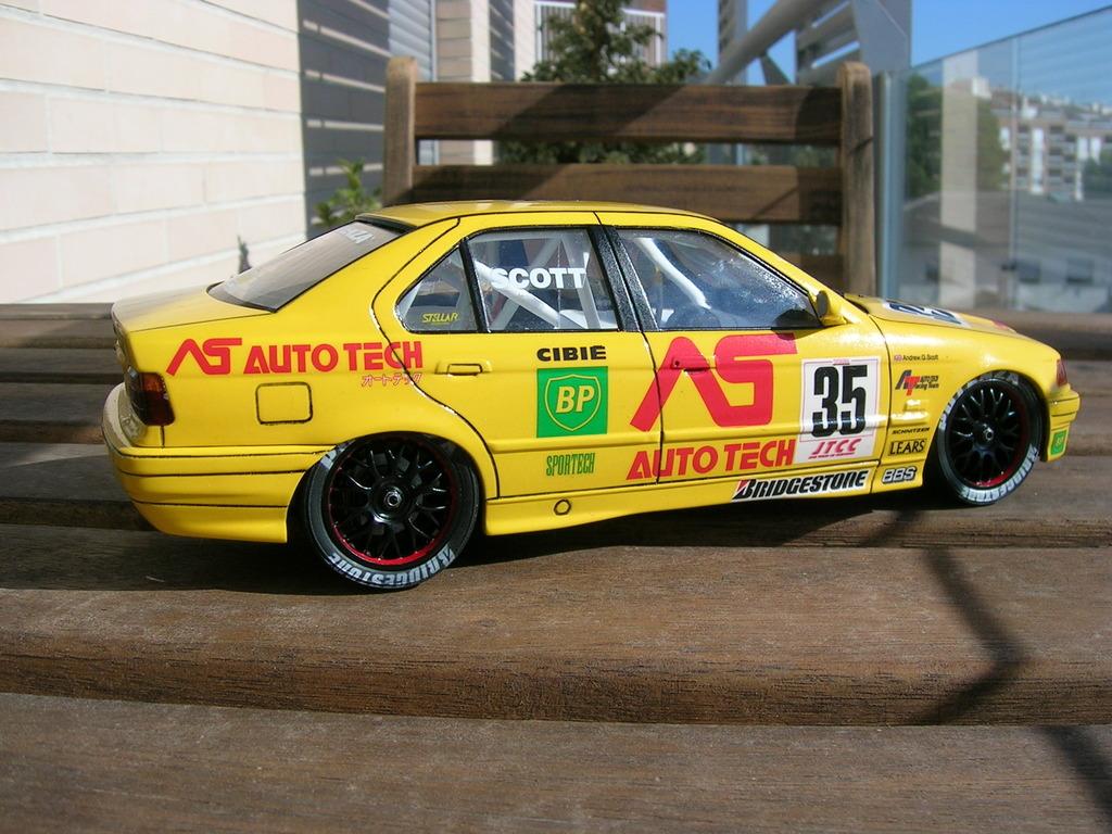 BMW 318i JTCC auto tech - hasegawa DSCN8106