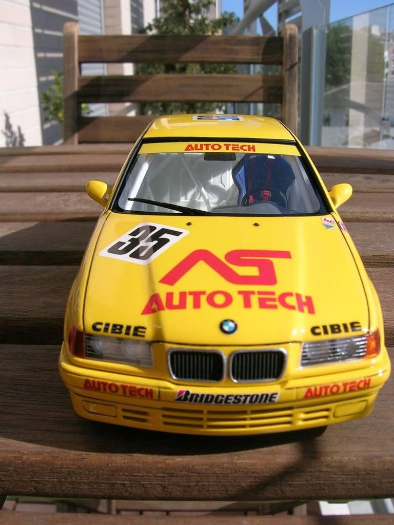 BMW 318i JTCC auto tech - hasegawa DSCN8115