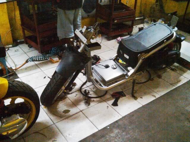 Honda Zoomer - buat lucu lucuan IMG02152-20100814-1847