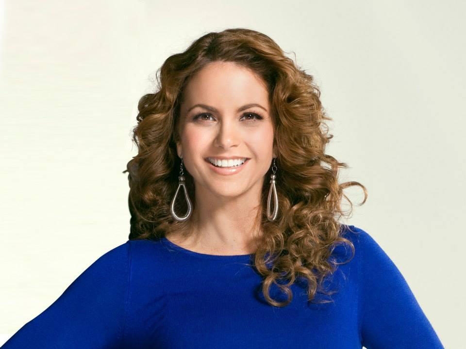 Por Ella Soy Eva / მის გამო ვარ ევა [Televisa 2012] - Page 11 02d7416c50b155c8fbdbc7834b41d52d