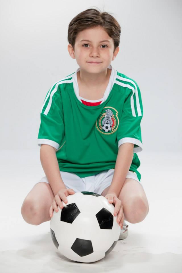 Por Ella Soy Eva / მის გამო ვარ ევა [Televisa 2012] - Page 11 6394f0226c9eee898b0ae67933ba4aee