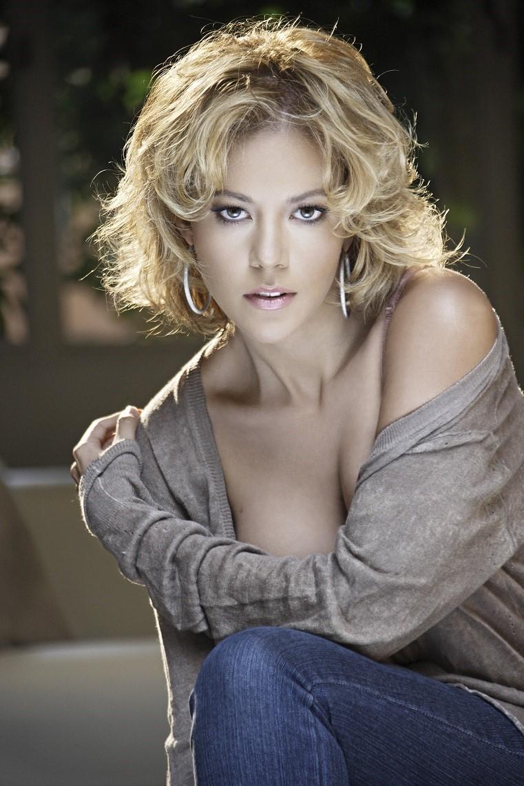 Fernanda Castillo/ფერნანდა კასტილიო - Page 3 Fd4ba1325e6f87bdcb91b9d8fbf34b49