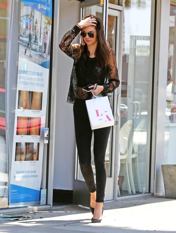 Kendall Jenner/კენდალ ჯენერი - Page 4 D43c2481d1fc4e5bbff2e4819d880f54