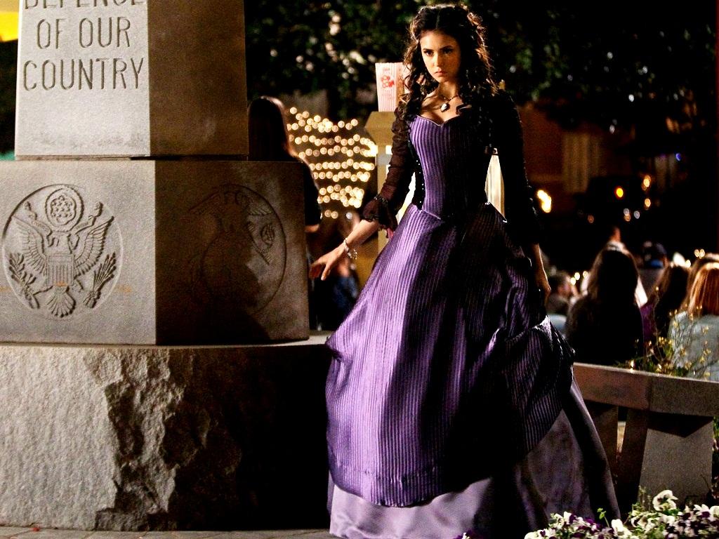 მსახიობები ,რომლებსაც დედოფლის როლი უთამაშნიათ !!! 2b6e2ec8abeb86abb663c78038177564