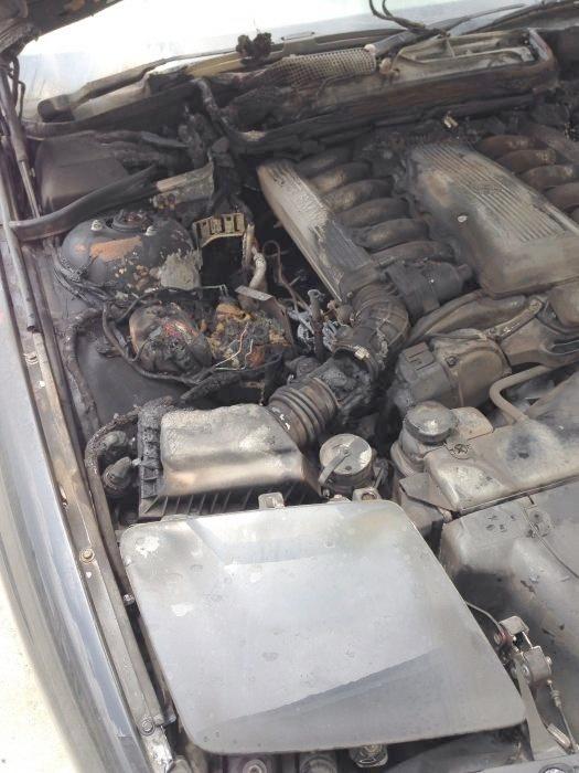 feu moteur Img26_zps387c09bf