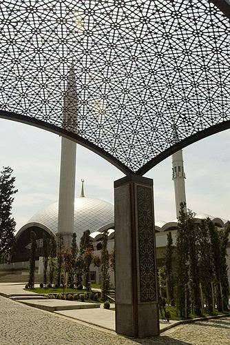 Premiere mosqué conçu par une FEMME en Turquie .. Image006