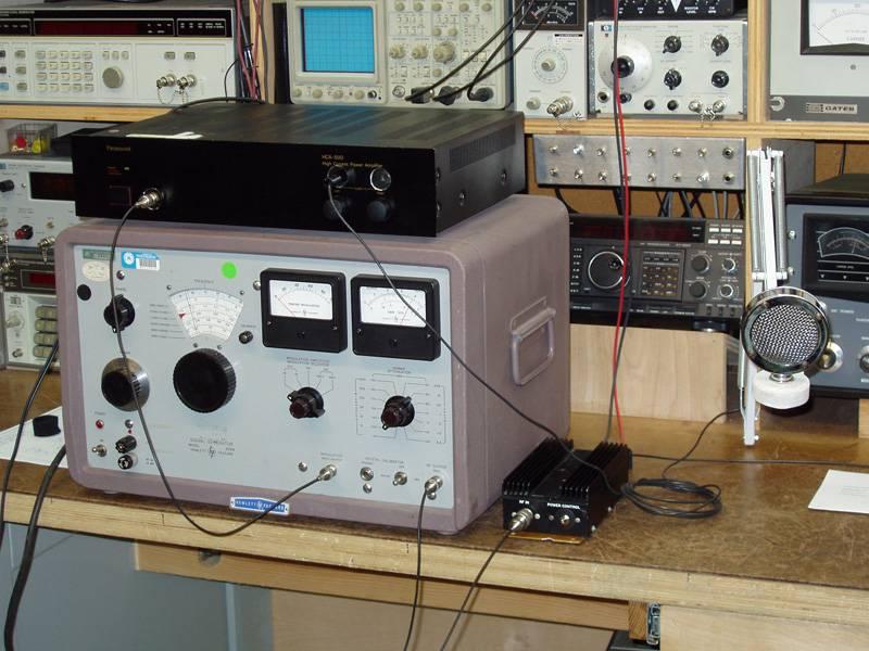 Using a Signal Generator as a Transmitter HP606Tx_zpsbb607d0a