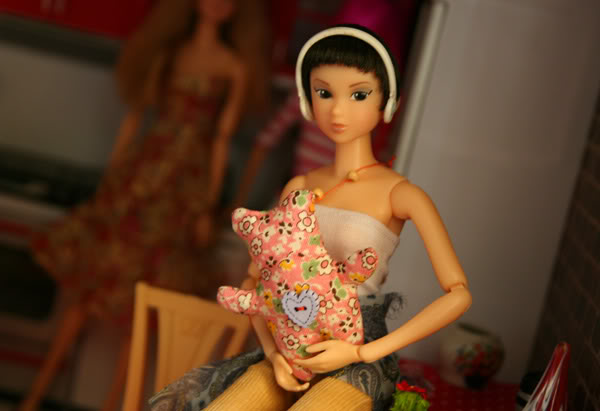Журналы с выкройками. (Piegrieztņu MIXlis - Momoko, bjd, Blythe, Pullip, Barbie utt) Toy2