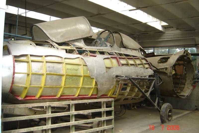 """Avioanele din Colegiul Tehnic de Aeronautica """"Henri Coanda"""" - Pagina 2 DSC01509"""