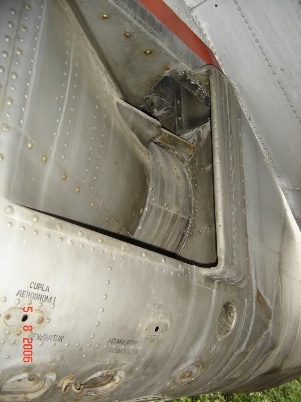 An-24, An-26 si An-30 - Pagina 2 DSC01665