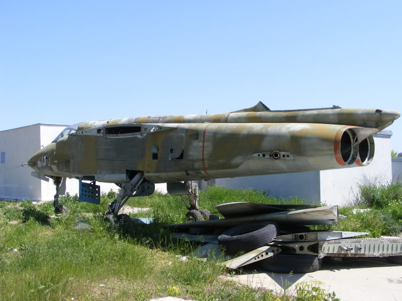 Aeronave expuse in tara - Pagina 2 DSCF0007
