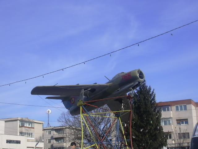 Aeronave expuse in tara - Pagina 2 DSCN0572