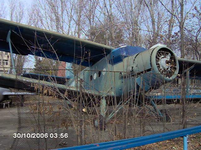 "Avioanele din Colegiul Tehnic de Aeronautica ""Henri Coanda"" - Pagina 2 IM000482"