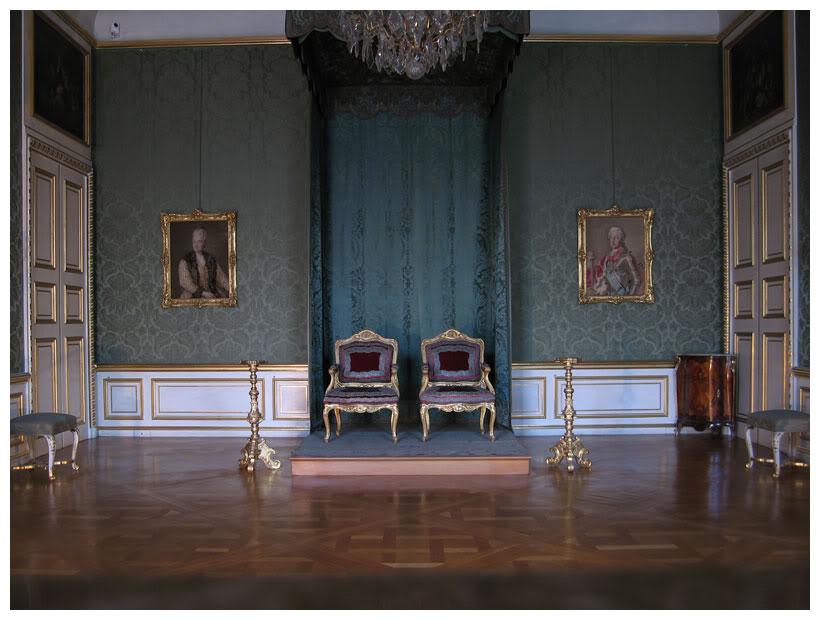 Exposition « Trônes en majesté, l'autorité et son symbole » - Page 3 1330875150_98ae2466d3_o