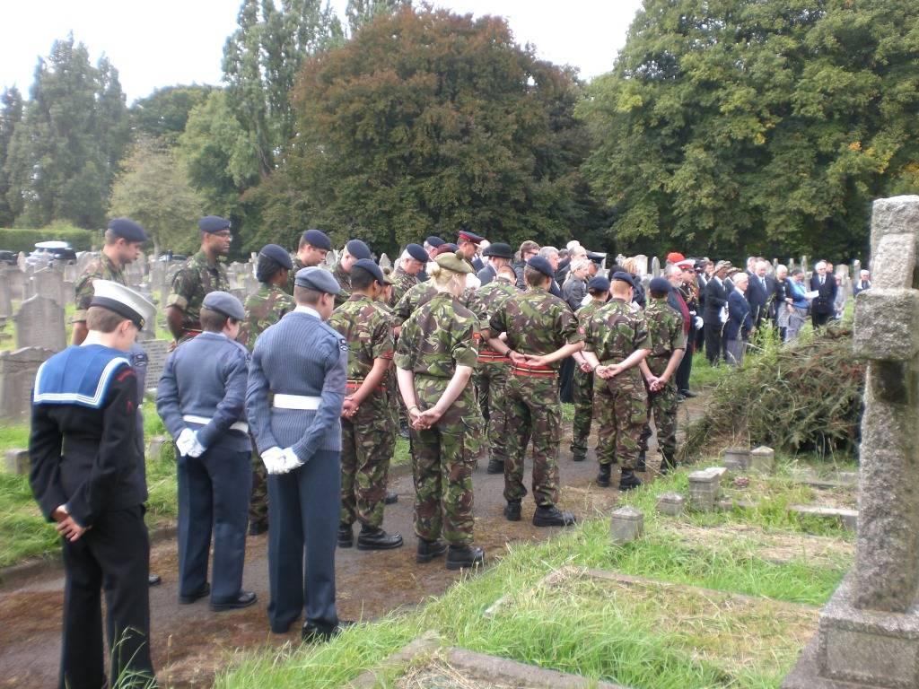 Re-dedication to Arthur Howard (Gunner Royal Artillery) 16th Sep 2012 D27cc358