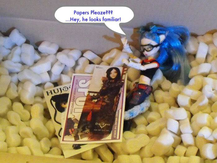 Return of the Box Opening (Deboxing Ariadne) (Doll nudity) Rotboxopening-020