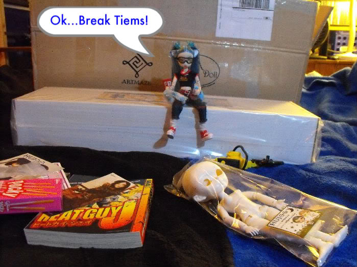 Return of the Box Opening (Deboxing Ariadne) (Doll nudity) Rotboxopening-027