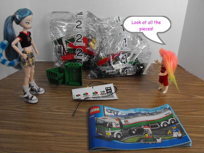 Kumi's Tails - Saturday Afternoon Legobuild01-002