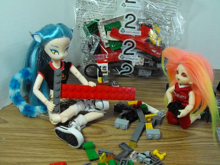 Kumi's Tails - Saturday Afternoon Legobuild01-004