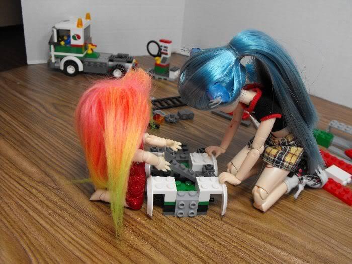 Kumi's Tails - Saturday Afternoon Legobuild01-008